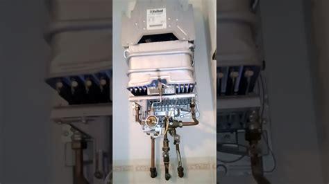 Démontage Et Réparation Chauffe-eau Gaz Vaillant 14 Litres