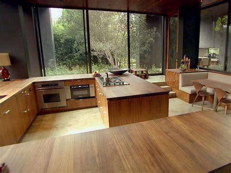 eat in kitchen islands hgtv 39 s top 10 eat in kitchens hgtv
