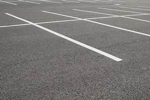 Marquage Au Sol Stationnement : marquage au sol d un parking peinture rev tement et prix ~ Medecine-chirurgie-esthetiques.com Avis de Voitures