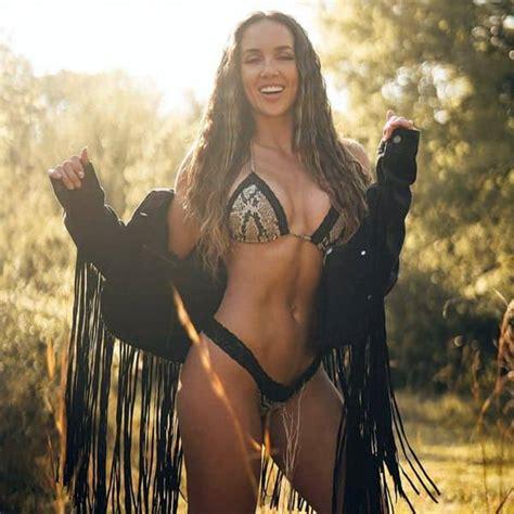 WWE Wrestler Chelsea Green's bikini pics scream sexy