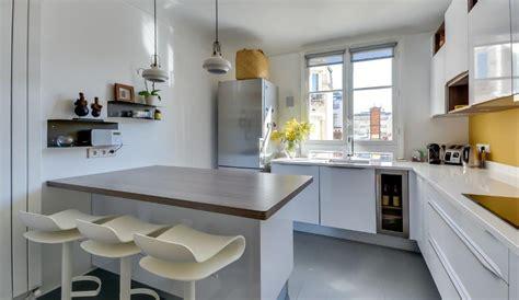 exemple de cuisine moderne cuisine moderne avec îlot en épi modèle harmonie