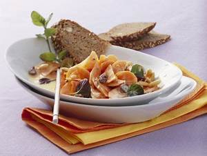 Dressing Für Karottensalat : karottensalat mit pinienkernen und joghurtdressing rezept ~ Lizthompson.info Haus und Dekorationen