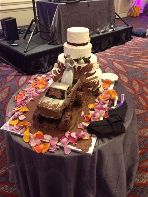 wedding cakes cake camo mudding orange mud truck pink country groom redneck bakery grooms boston weddings choice trucks regency hyatt