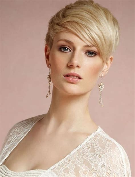 Pixie Hairstyles For 40 by 20 Photo Of Pixie Haircuts For 40
