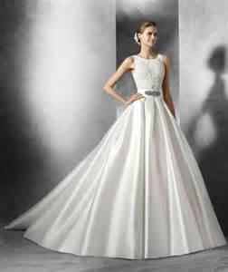 robe de mariã e organza robe de mariée en soie mikado robe de mariée décoration de mariage