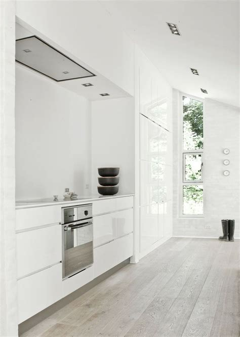 kitchen and floor decor 45 cozy whitewashed floors décor ideas digsdigs