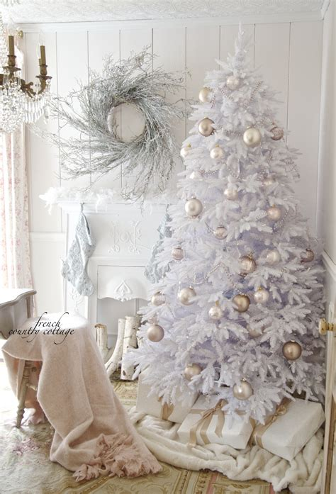 Ideas Decorating White Tree by A Softer Side Of Tree Decorating Ideas