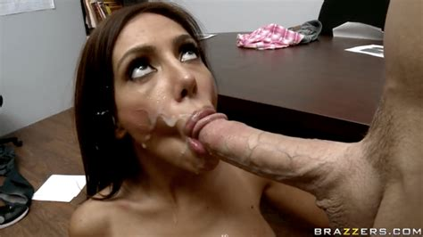Bely Play Bj Cum