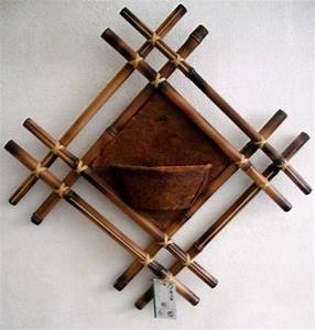 Bamboo craft projects diy bamboo wall decor ideas 2 for Bamboo wall art