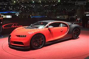 Bugatti Chiron Sport : new bugatti chiron sport makes geneva 2018 debut with sharper set up auto express ~ Medecine-chirurgie-esthetiques.com Avis de Voitures