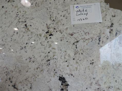 Granit Galaxy by White Galaxy Granite Our Casa In 2019 Light Granite