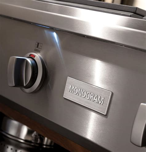 zgundpss monogram  professional gas rangetop   burners  griddle natural gas