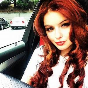 'Modern Family' Star Ariel Winter Dyes Hair Bright Red ...