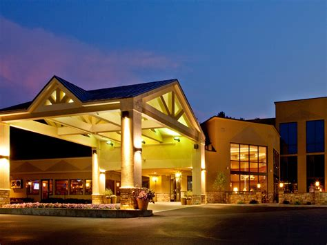 holiday inn resort lake george turf hotel  ihg