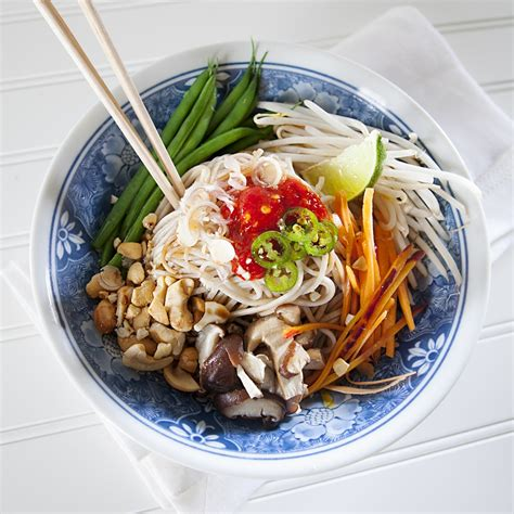 bowl receipes thai soba noodle bowl recipe dishmaps