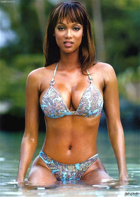 Janina S Simon G Chichi Allen Hot And Sexy Tyra Banks 2011 News And Hd
