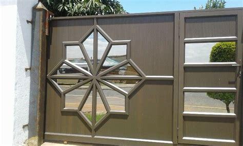 auminium  glass windows doors garage doors showers