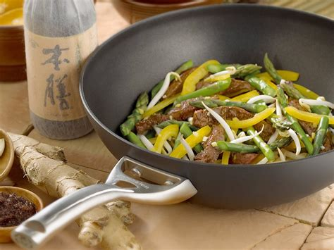woks   buy  cook   delicious stir fry  home business insider