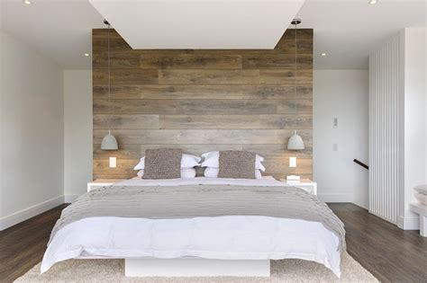 How to use wooden flooring as a stunning feature wall
