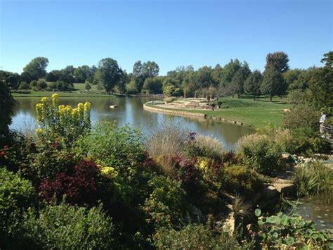 overland park arboretum and botanical gardens skunk picture of overland park arboretum and