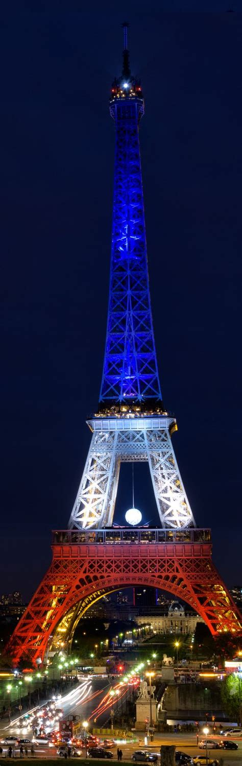 eiffel tower color the eiffel tower illuminated with the