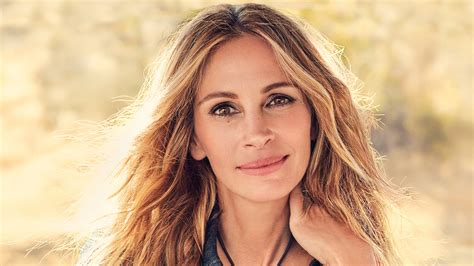 Julia Roberts On Raising Teenagers, Overcoming Grief, And