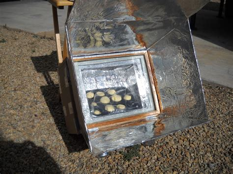 solar oven designs 10 diy solar ovens utilize sun energy to cook your food