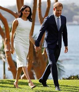 Pregnant Meghan Markle wears Diana's jewellery on the ...