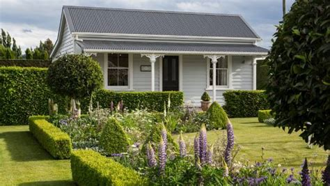 Marlborough Cottage The Place To Stay For Garden Lovers