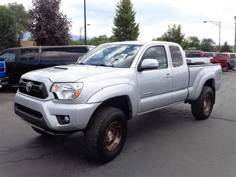 lifted sale toyota tacoma  cars page  mitula cars