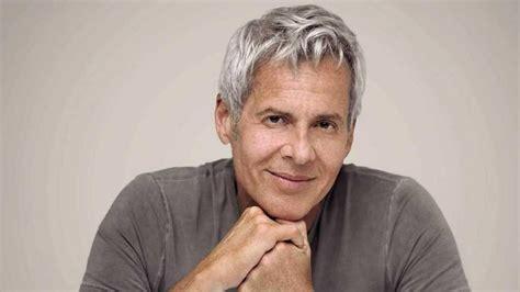 En 1969 firma su primer contrato con la casa discográfica rca, lanzando su primer álbum en 1970. Claudio Baglioni ha detto «sì» al Festival di Sanremo - La ...