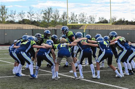 nmjaa midget seahawks win  straight game daily pilot