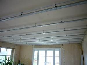 Faire Un Faux Plafond : faire un plafond en placo pose plafond suspendu ~ Premium-room.com Idées de Décoration
