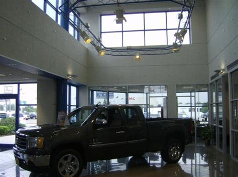 Buick Dealership In Houston by West Point Buick Gmc Car Dealership In Houston Tx 77094