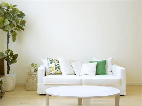 35 sofa throw pillow exles sofa décor guide home stratosphere
