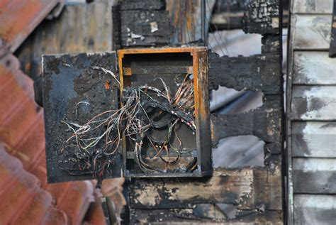 Burnt Breaker Fuse Box by Common Causes Of Electrical Fires And The Best Preventive