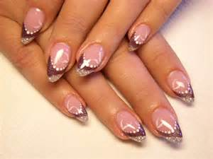 How to apply acrylic nail designs