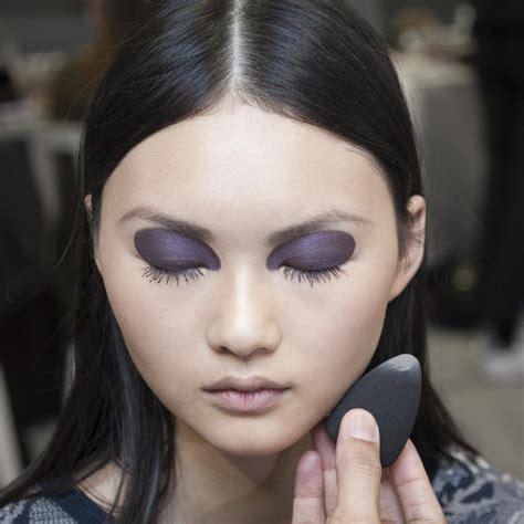 Comment faire un faux bleu avec du maquillage 14 étapes
