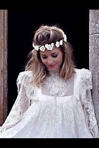 Couronne De Fleurs Mariée : coiffure mariage bandeau fleur ~ Farleysfitness.com Idées de Décoration
