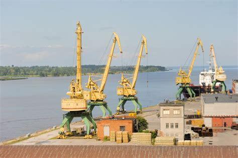 EK izbeidz procedūru pret Latviju attiecībā uz velkoņu ...
