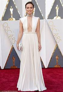 Oscars 2016 red carpet sees Olivia Wilde stun in ivory ...