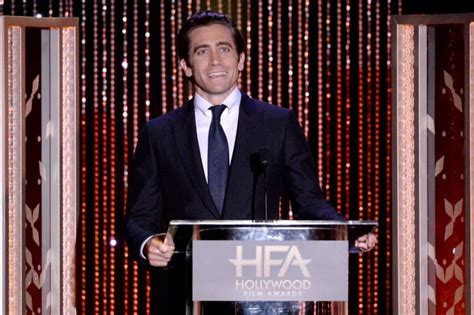 Sexy Jake Gyllenhaal Pictures | POPSUGAR Celebrity UK Photo 30