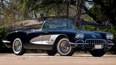 1961 Chevrolet Corvette C1 Convertible Hd Wallpaper