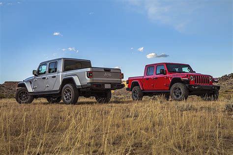 jeep gladiator pickup truck          drive