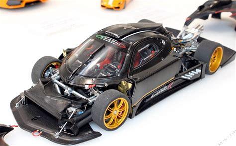 Modelcar.hk » Autoart Pagani Zonda R (carbon Fiber Pattern