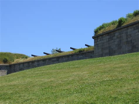 File:Fort Independence, Castle Island, South Boston.jpg ...