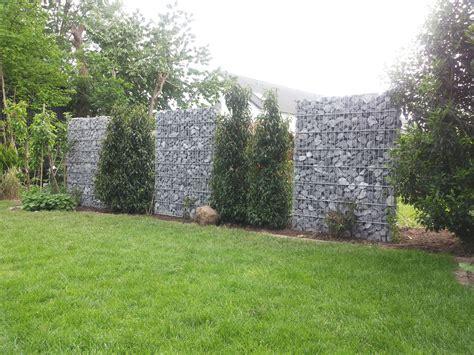 gabionen als sichtschutz gabionenmauer in 1600 mm h 246 he als sichtschutz aufgelockert