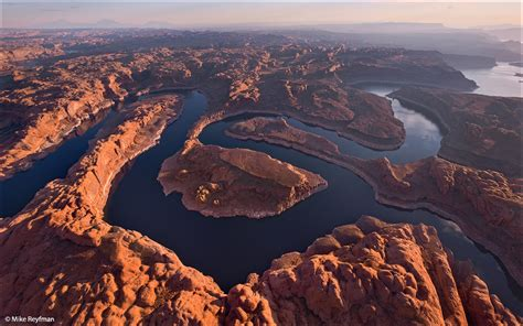 Scow Lake Utah by Lake Powell Utah Arizona Usa