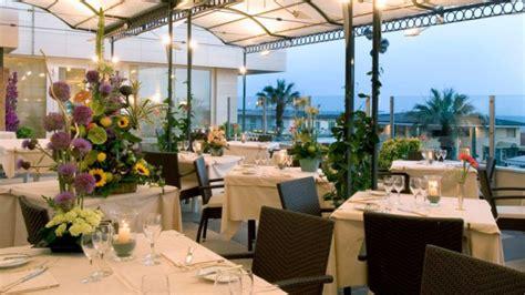 ristorante la terrazza viareggio restaurant astor la conchiglia 224 viareggio menu avis