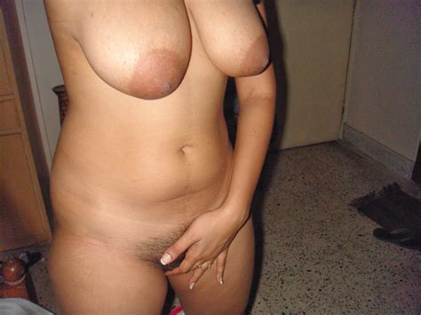 Sexy Indian Girl Taking Nude Selfies
